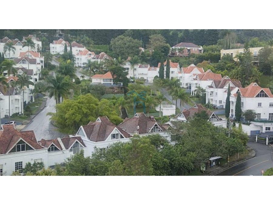 4452076ma alquiler de casa amoblada en el poblado