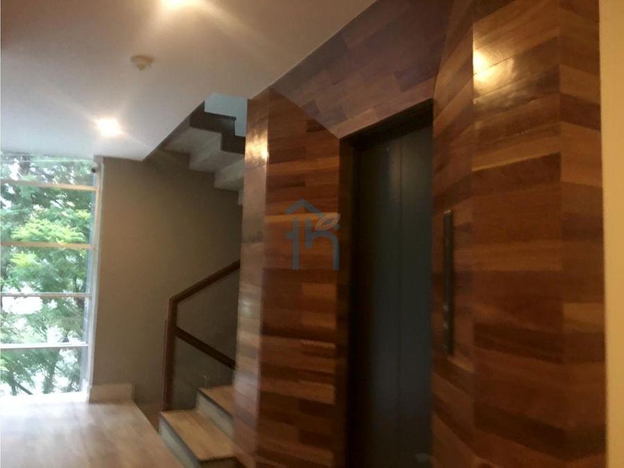 hermoso apartamento remodelado en lalinde poblado