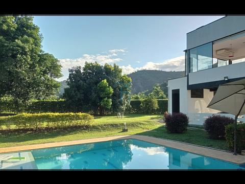 4456516mcventa casa moderna en santa fe de antioquia colombia