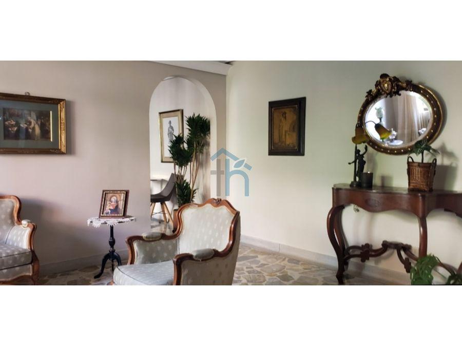 4568930ma venta de apartamento en laureles medellin