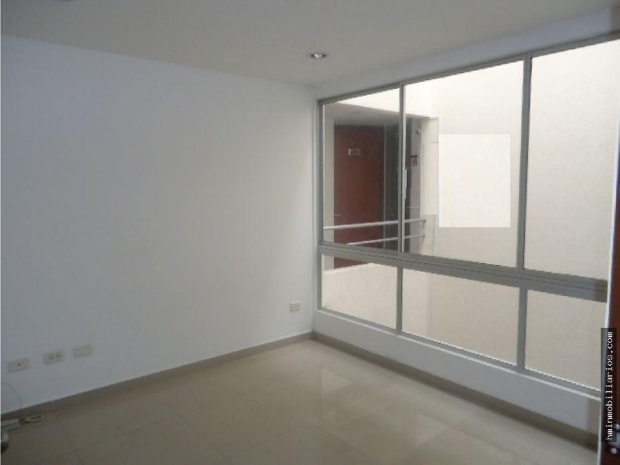 arriendo oficina 10 mtrs piso 6 antiguo country