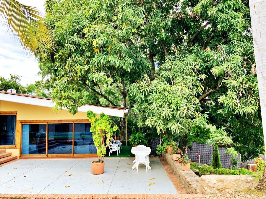 casa campestre para la venta en ricaurte cundinamarca