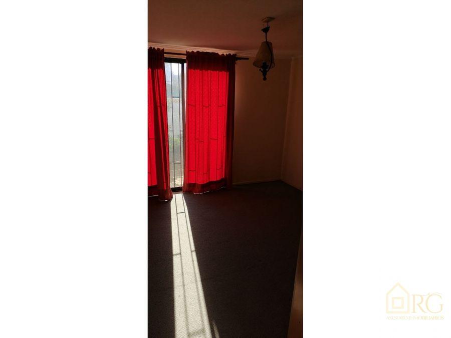 se vende hermosa casa central aislada y soleada