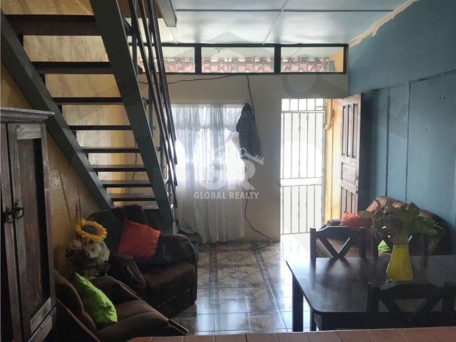 venta de casa con 2 apartamentos paso ancho san jose 2079