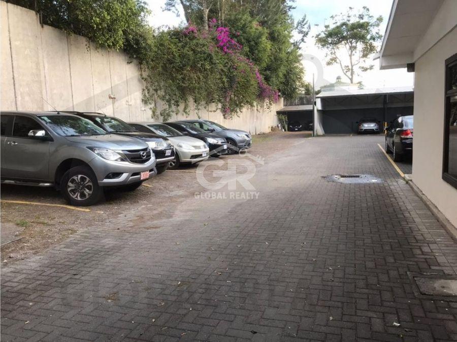 alquiler de local comercial en barrio dent san pedro san josecr1726