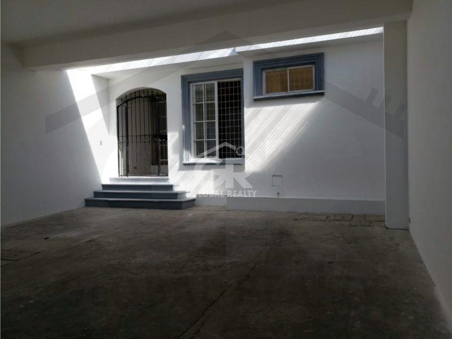 venta de casa en la zona de pinares de curridabat san josecr 1788