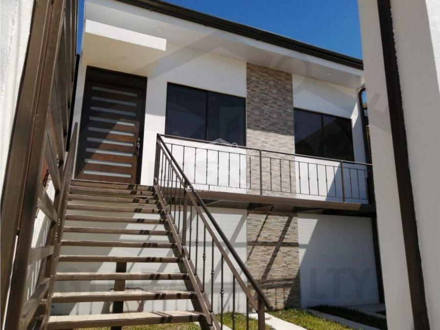 venta de casa en residencial el bulevar cartagocr 1814