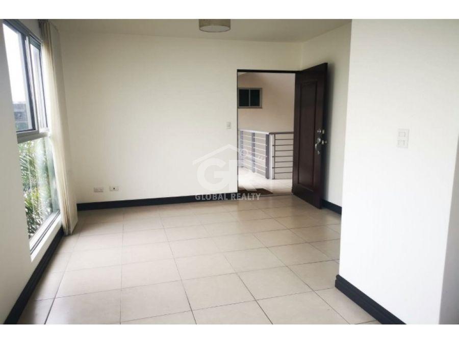 venta de apartamento en condominio san sebastian san jose