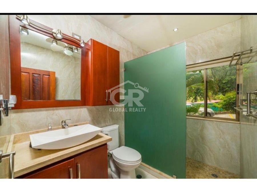 venta de apartamento en condominio playa flamingo costa rica 1085