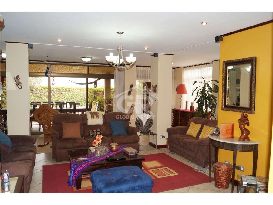 casa en venta ubicada en condominio bosques de altamonte curridabat