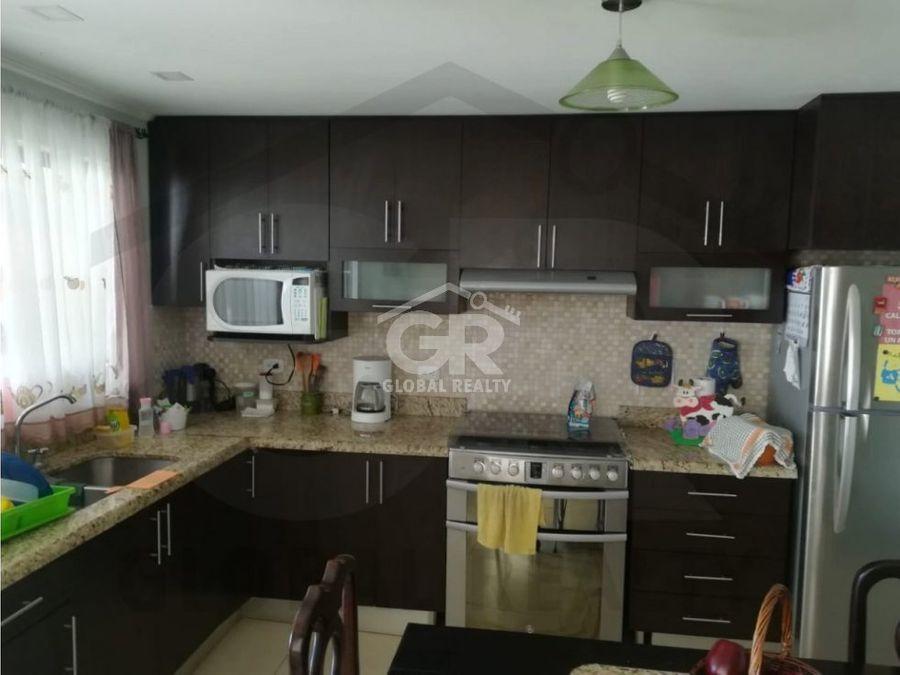 casa en venta en condominio quebradilla cartagocr 1970