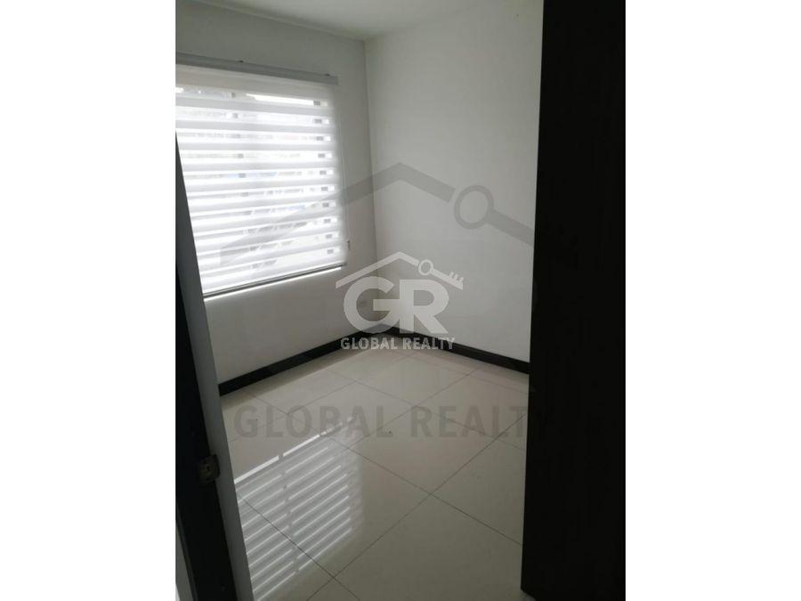 venta de apartamento en condominio montes de oca san josecr1638