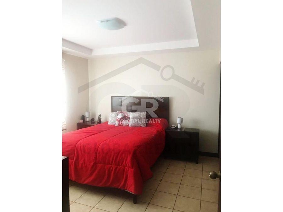 venta de casa en residencial ubicada en tres rios cartagocr 1205