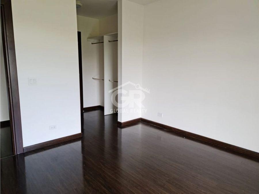 en venta apartamento en granadilla curridabat