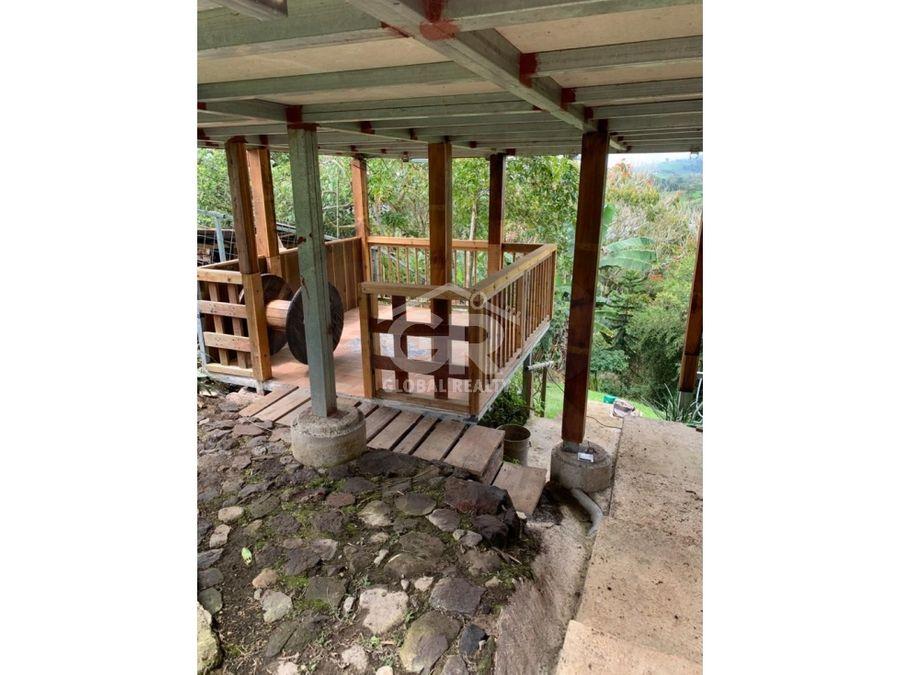 en venta lote con cabana en cartago turrialba santa cruz 2184