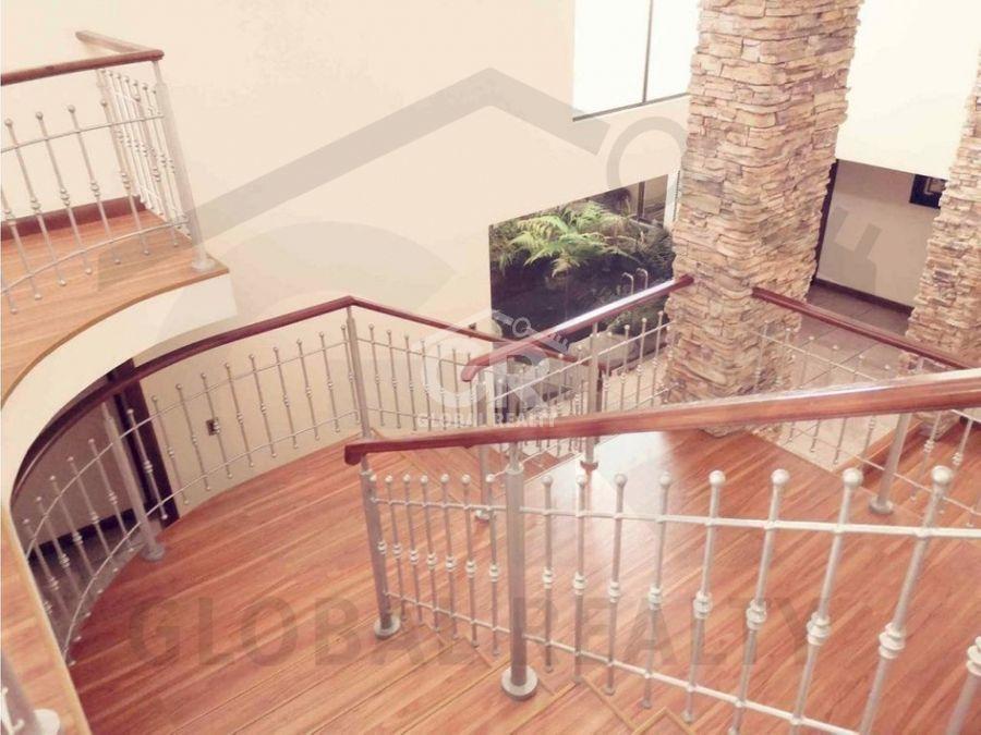 venta de casa amplia en residencial san pedro costa rica 2143