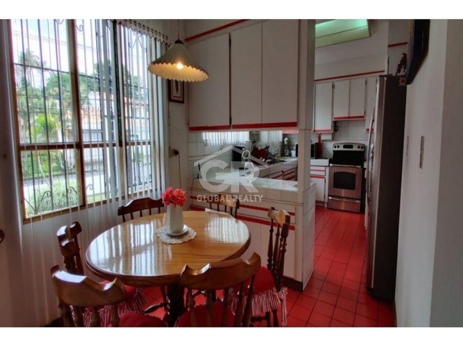 venta de hermosa casa en curridabat san jose costa rica