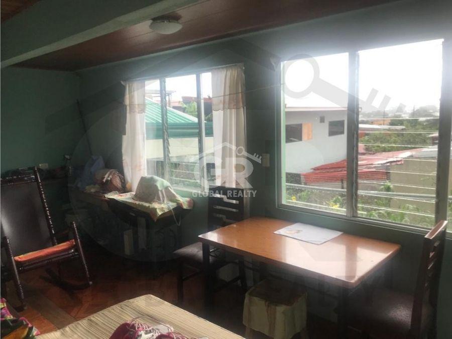 venta de propiedad con 3 casas y 2 apartamentos en cartagocr 2076
