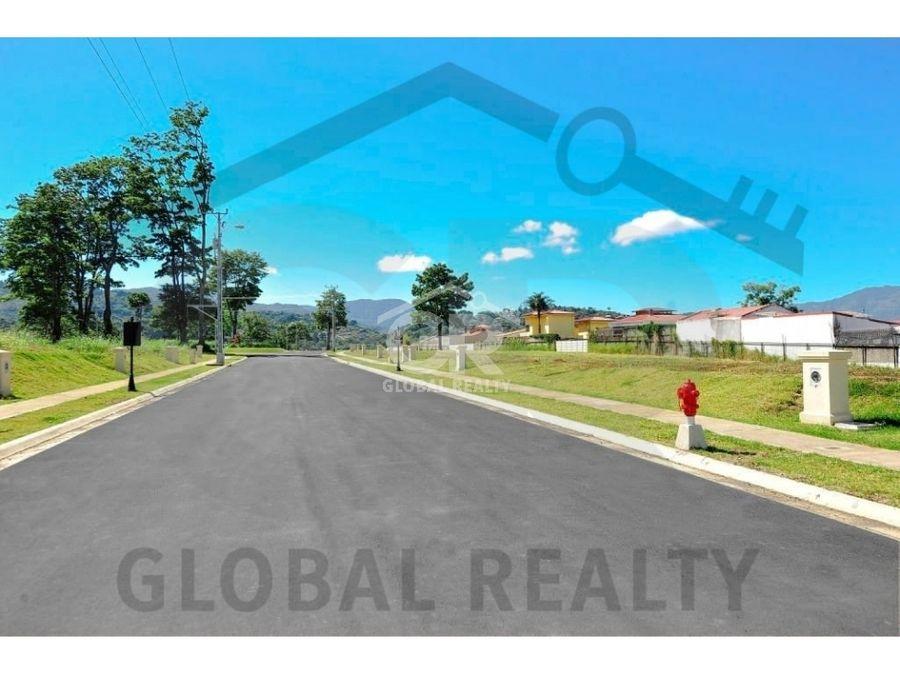 terreno en venta ubicado en condominio tierras del este 2197
