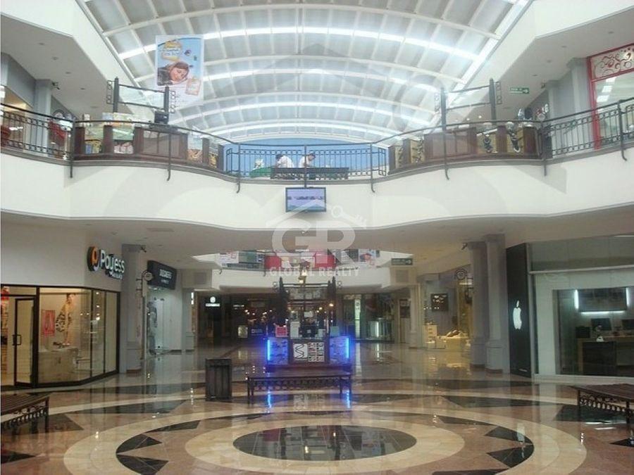 alquiler de local en centro comercial paseo de las florescr 1745