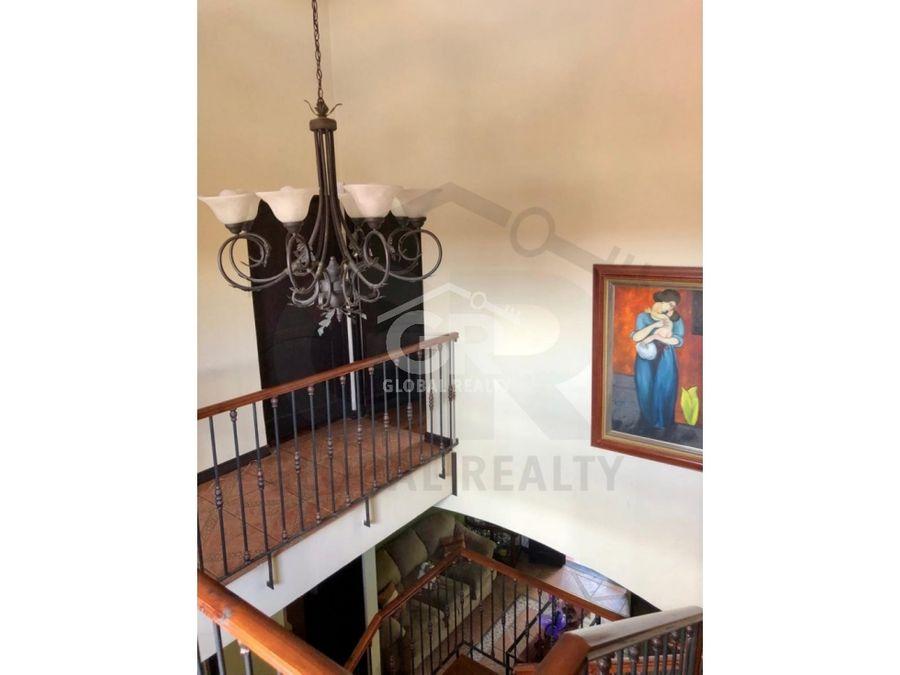 venta de casa en residencial en granadilla curridabatcr 1732