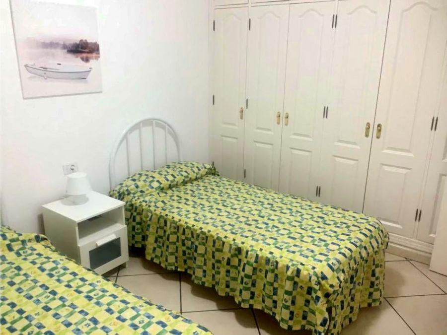 gran apartamento de dos dormitorios con vista en los abrigos