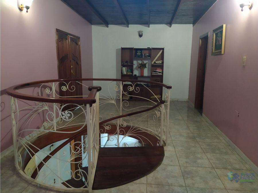 se vende casa en urb villa ayacucho ii cumana ve01 0878cu ye