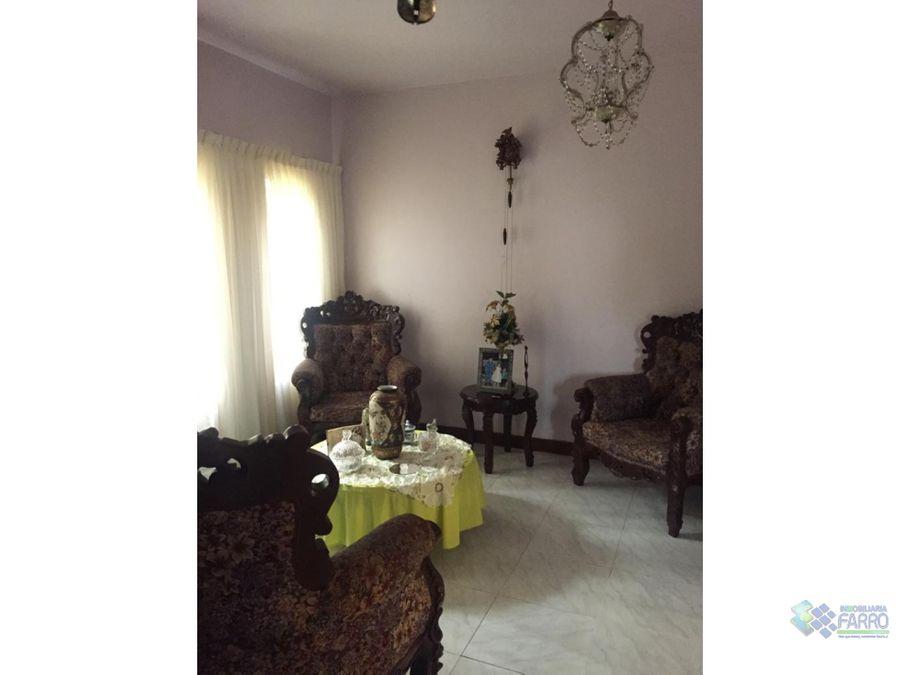 se vende casa en la urb la floresta ve02 438lf rv