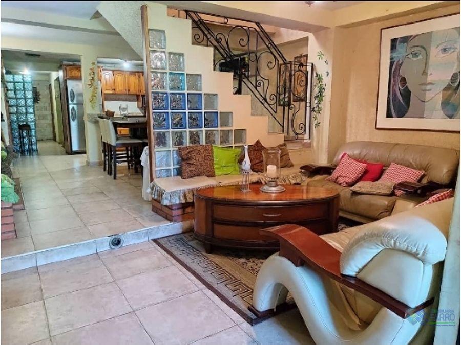 se vende casa en calle miranda ve02 348sc bm