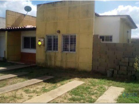 se vende casa via la toscana urb los olivos ve02 032lo lm