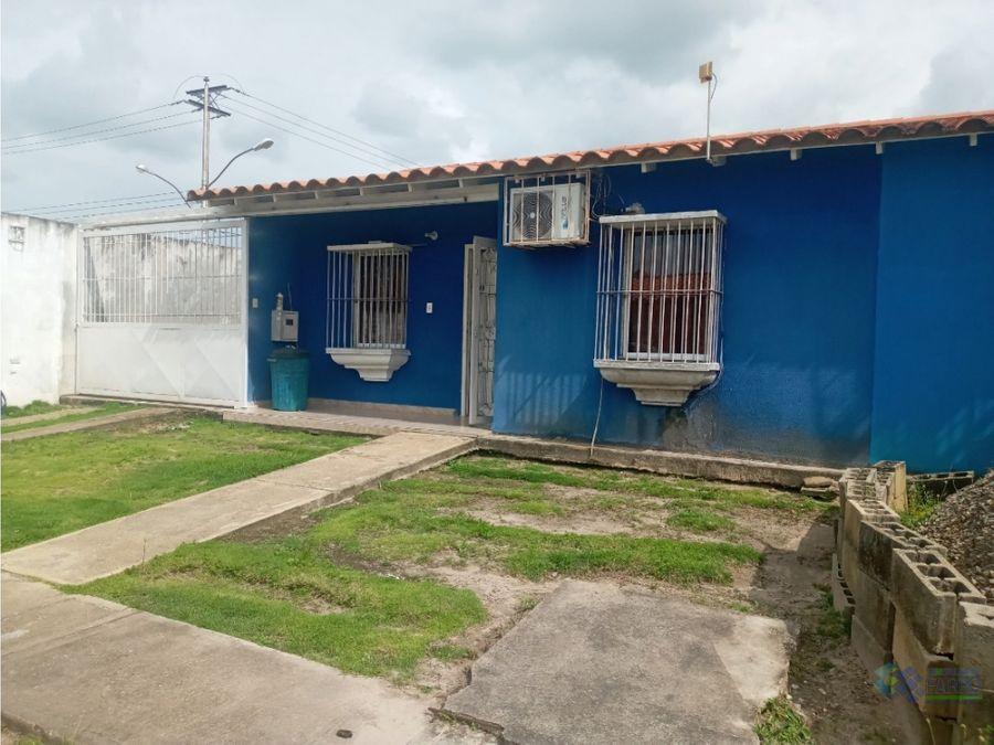se vende casa en la urb ciudad colonial ve01 0841zi aj