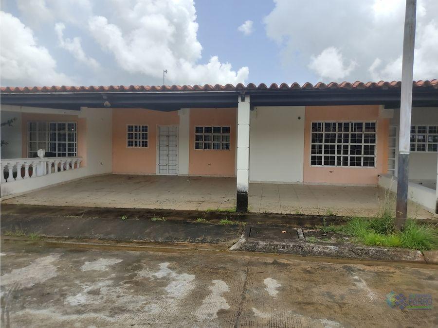 se vende casa en urb los naranjos palma real ve02 432st ss