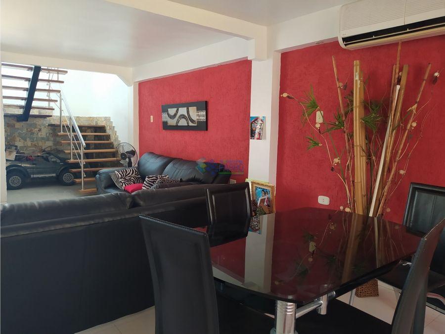 se vende casa en la urb villa ayacucho ii ve01 0936cu ye