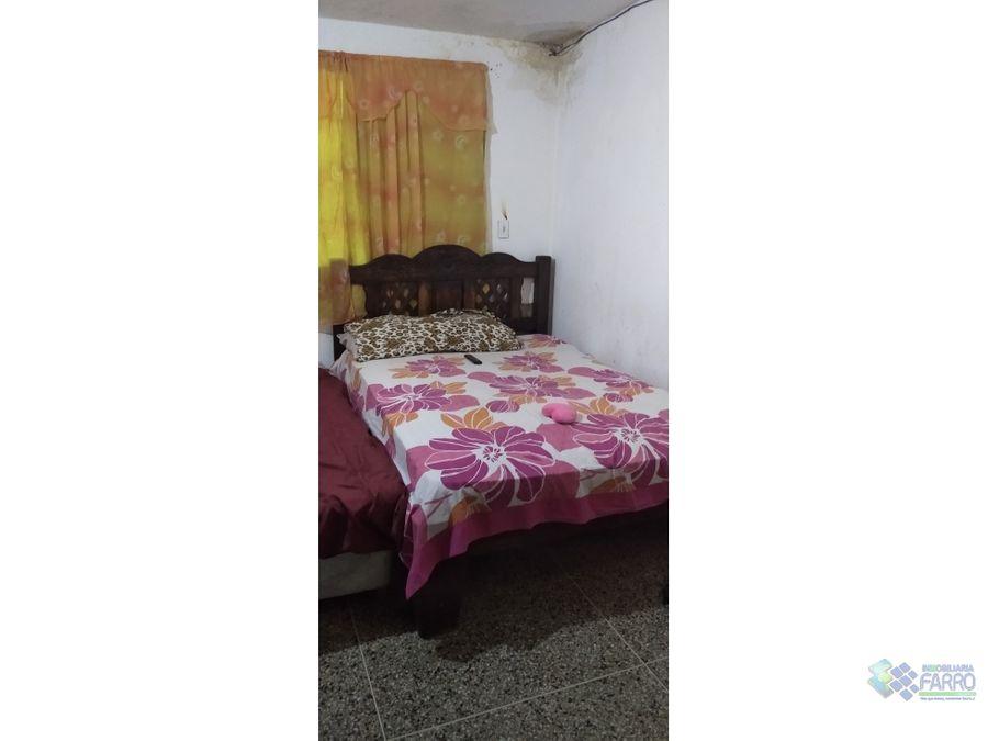 se vende casa con local en los guaritos ve02 237slg mt