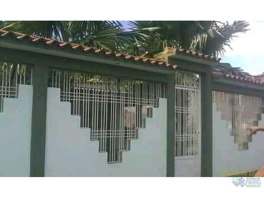 se vende casa en sabana de caripito ve02 379ca jv