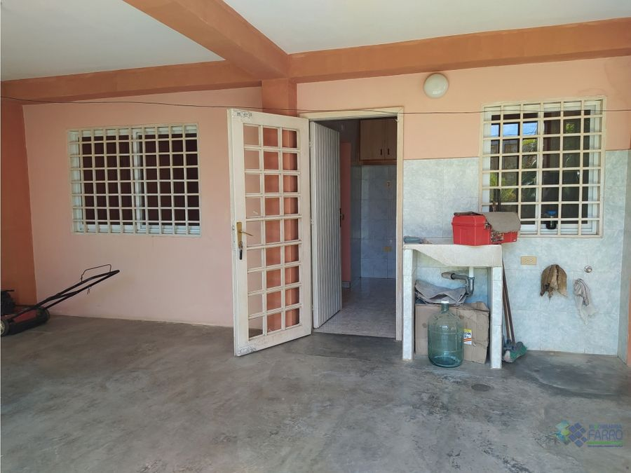 se vende casa en la urb villa ayacucho ii ve01 0894cu ye