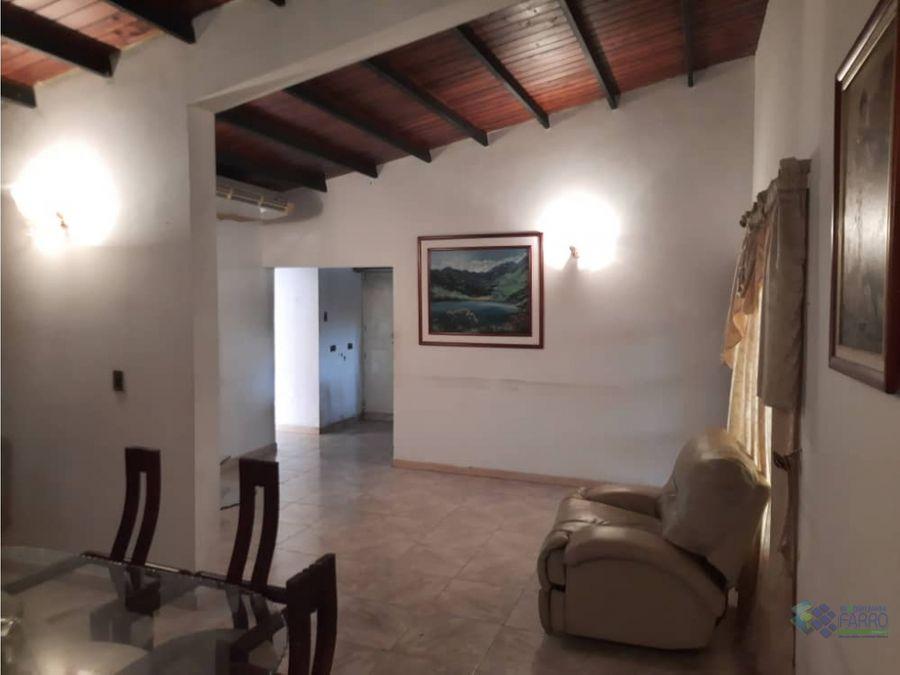 se vende casa en urb terranova palma real ve01 0869pr mth