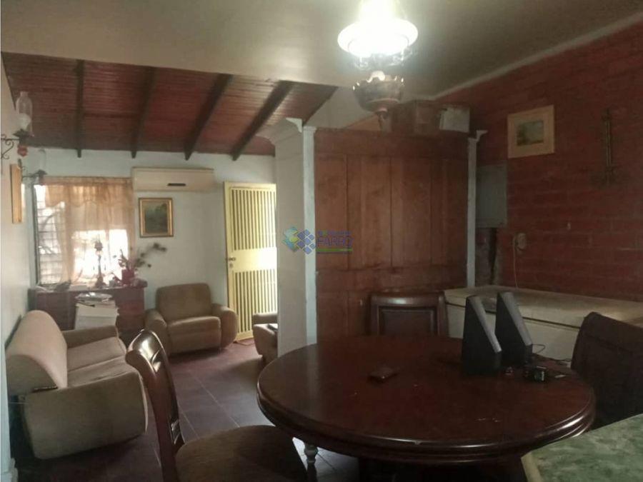 se vende casa en urb las trinitarias ve01 0922ze yj