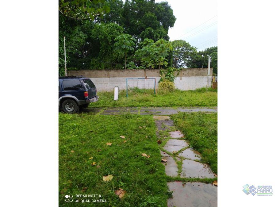 se vende propiedad en av principal de las cocuizas ve02 396lc az