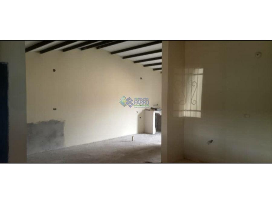 se vende casa en la urb juana la avanzadora ve01 0921zi ns