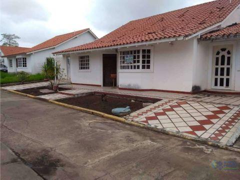 se vende casa en urb los maderos juanico ve02 028sj co