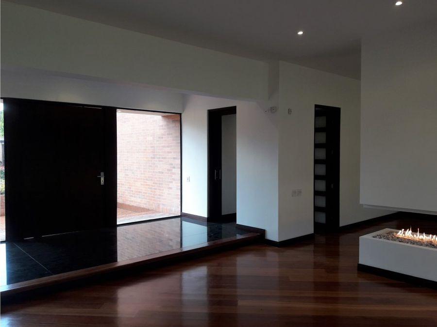 se vende renta casa en bogota guaymaral
