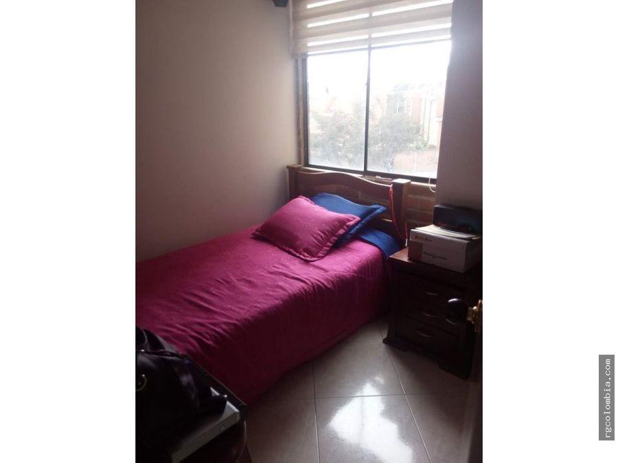 se vende apartamento en maranta