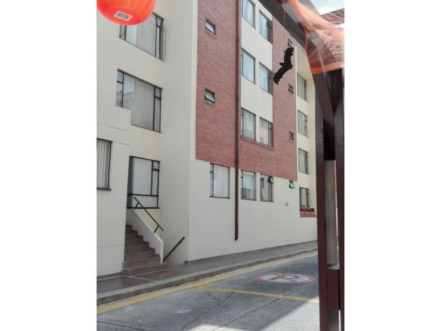 se vende apartamento barrio sta teresa clle 168