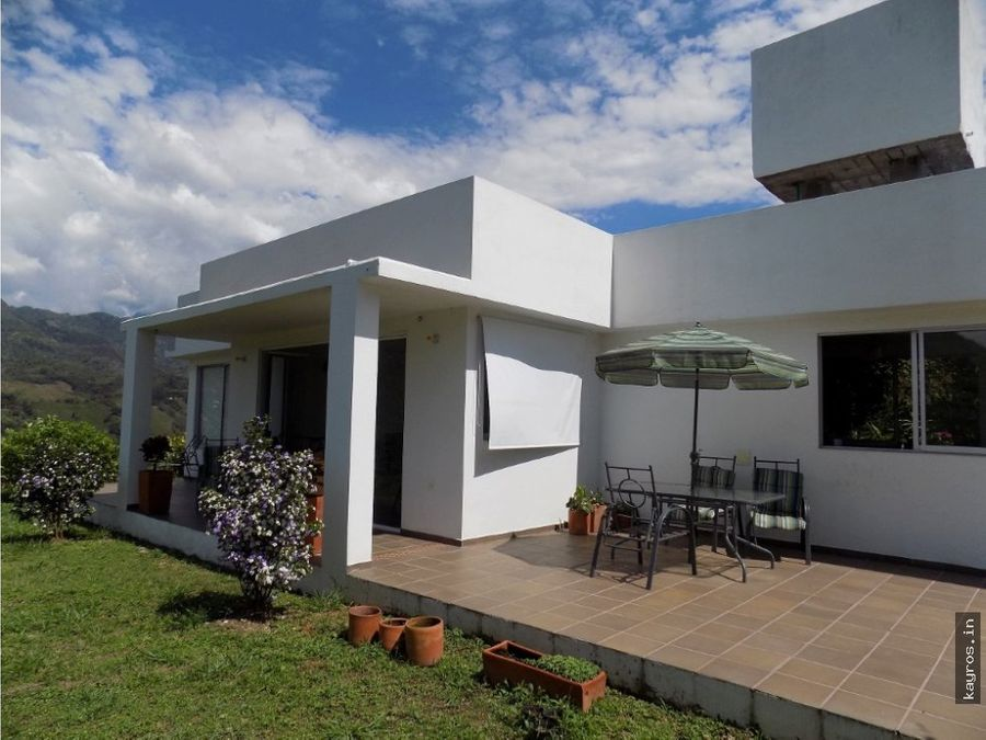 hermosa casa campestre la vega cundinamarca