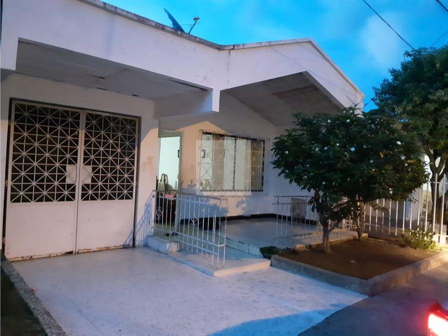 casa lote en barrio sucre de 292 m2