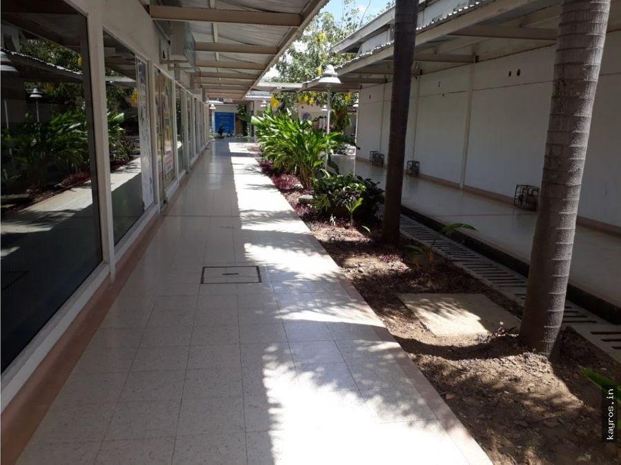 local centro comercial suricentro monteria