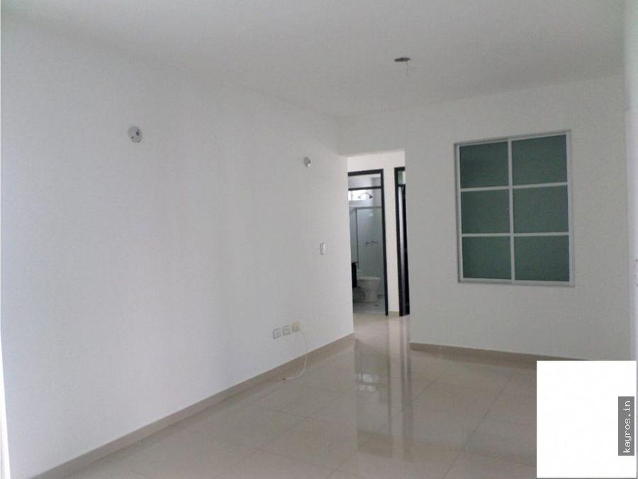 apartamento en castellana 103 m2