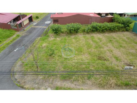 se vende lote en turrialba cartago