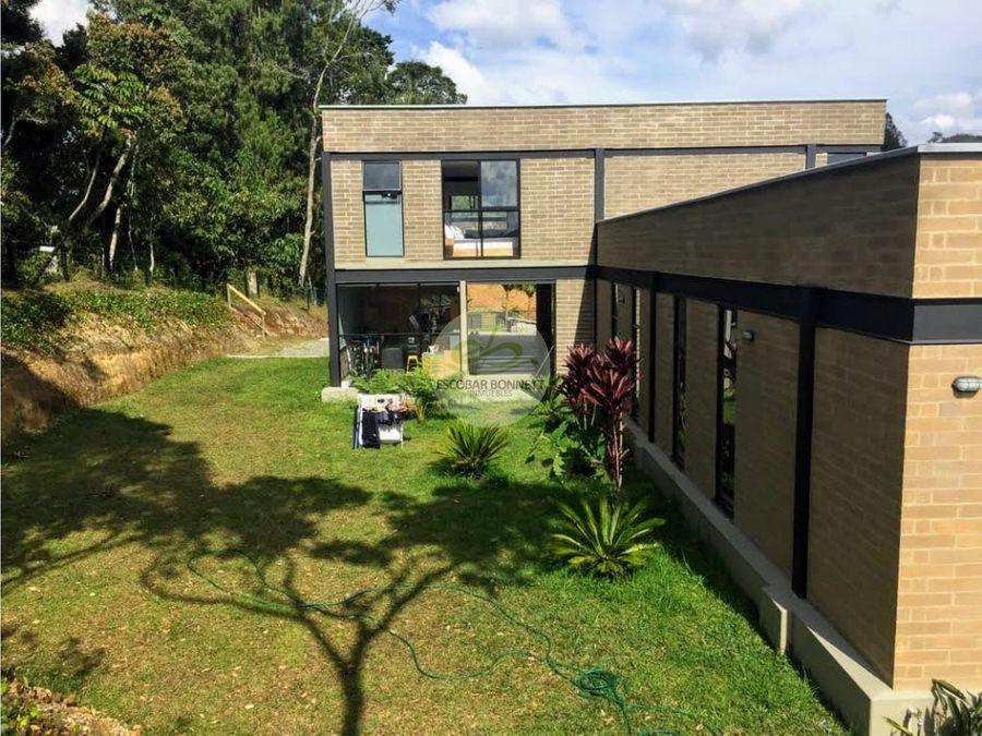casa de campo en el retiro venta
